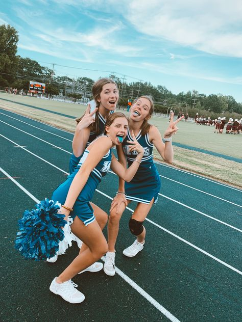 Through the initial levels regarding cheerleading the sport only agreed to be that - groups Cheer Team Pictures, Cheerleading Pictures, Cute Friend Pictures, Best Friend Pictures, Cheer Picture Poses, Cheer Poses, Cheerleading Stunts, Cheer Athletics, High School Cheerleading