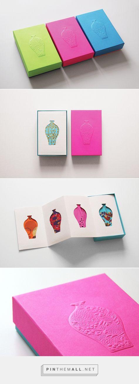 CNY Pocket For Polytrade Paper