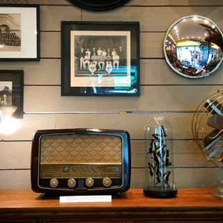 Did You Already Check Our Restored Vintage Radios This Can Be Your New Interior Decoration Mesdecouvertes Radios My Antique Stores Vintage Radio Radio