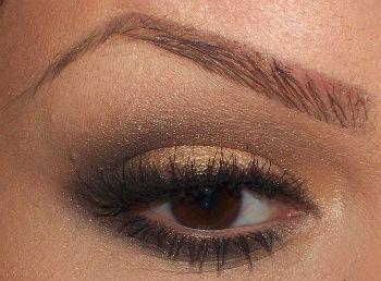 *I love her eye brows!!