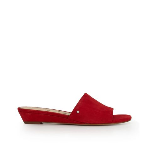 The Liliana Wedge Sandal is easy and elevated adding a