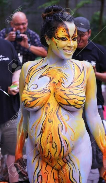 Pin By Captainyury On Bodypainting In 2020 Pregnant Model Model Pregnant