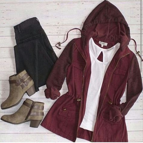 School outfit ideas for daily looks – Just Trendy Girls: www.justtrendygir… School outfit ideas for daily looks – Just Trendy Cute Fall Outfits, Fall Winter Outfits, Autumn Winter Fashion, Casual Outfits, Look Fashion, Fashion Outfits, Teen Fashion, Fall Fashion, Moda Outfits