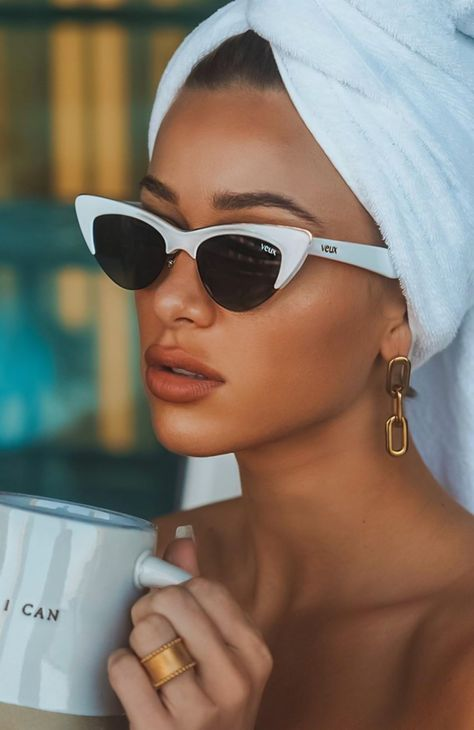 The Mayfair Sunglasses White. Head online and shop this season's latest styles at White Fox. Express delivery and AfterPay available. Boujee Aesthetic, Bad Girl Aesthetic, Aesthetic Vintage, Aesthetic Pictures, Cute Sunglasses, Cat Eye Sunglasses, Sunnies, Sunglasses Women, Vintage Sunglasses