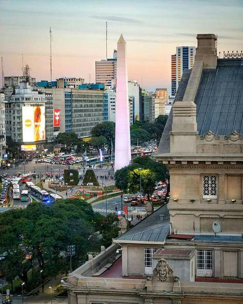 El Obelisco En El Centro Y El Teatro Colon En Primer Plano Otra De Las Vistas De La Terraza Del Club Americano Buenos Aires Mi Bella Argentina