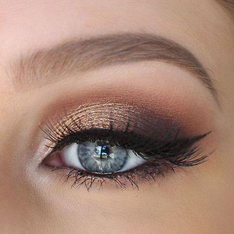 22 Glamorous Golden Bronze Makeup Beispiele Bronzemakeupbeispiele Glamou Beispiele B Blue Eye Makeup Golden Eye Makeup Smokey Eye Makeup