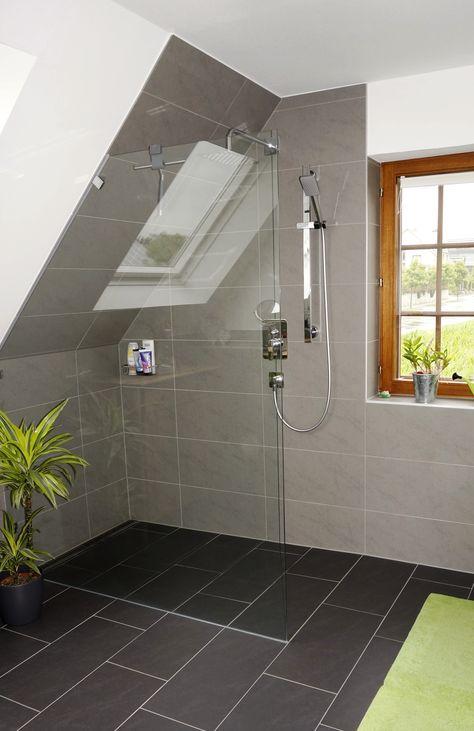 Graues Badezimmer Mit Maritimem Touch 14467 Potsdam In 2020 Badezimmer Dachschrage Badezimmer Und Badezimmer Dachgeschoss
