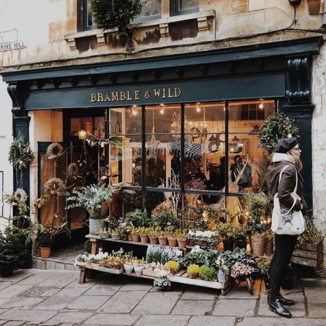 Flower shop decor - 30 of the Cutest Plant Shops Around the World – Flower shop decor Flower Shop Decor, Flower Shop Design, Flower Shop Interiors, F4 Boys Over Flowers, Shop Fronts, Garden Shop, Shop Around, Store Design, Store Front Design