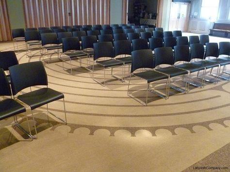 LancasterPA-FirstPresbyterianChurch-32'diameter-ChartresReplicaLabyrinth-Carpet-Tiles
