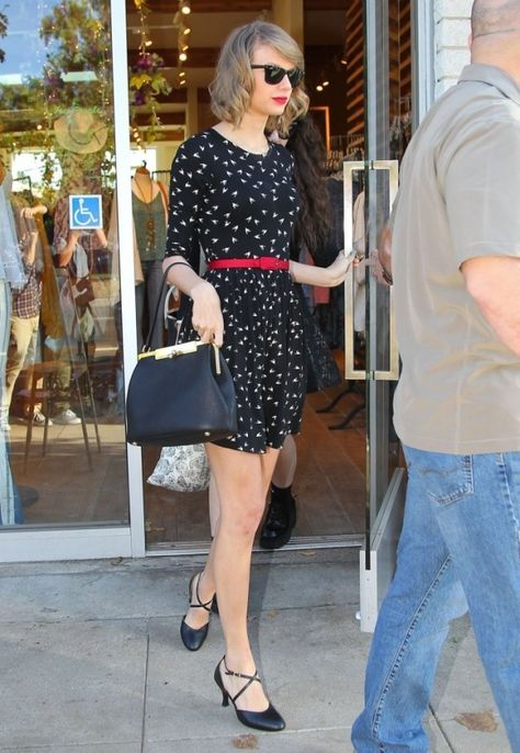faa8e41c5afe 27 Hottest Taylor Swift Looks That ll Make You Want to Start Wearing  Dresses ASAP .