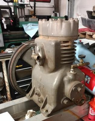 What Brand This Inline Twin Compressor W Shs 2 Cast On 1 Side Ccs 29 Hd Cast On Other Side Hd 188 Cast On Head 3 Belt Air Compressor Vintage Air Compressor