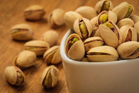 الظروف المناخية الملائمة لزراعة الفستق الحلبي Pistachio Health Benefits Eat Food