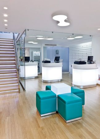 Farmácia Inteligente, Sonhar Farmácia, Ideias De Farmácia, Design Farmácia,  Saúde Interior, Iluminação Comercial, Projetos De Farmácia, Aggelidis  Pharmacy, ...