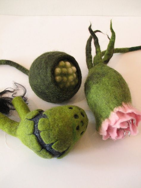 pretty meets peculiar (in the most special way) Work by Linda Van Alstyne (green