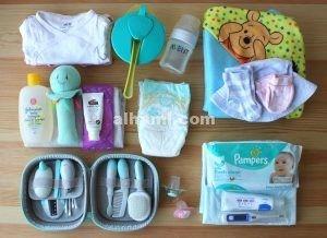 شنطة المولود الجديد وشنطة الام بعد الولادة الحامل منتديات الحامل Pampers Baby Lunch Box