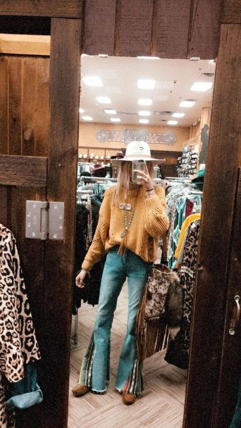 Country Western Outfits, Western Outfits Women, Country Style Outfits, Southern Outfits, Country Fashion, Texas Fashion, Western Wear Women, Country Outfits For Women, Summer Country Outfits