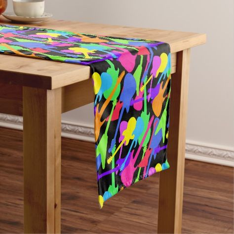 Peeguitar Splash Pattern Short Table Runner