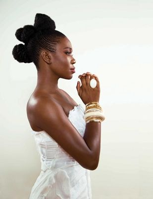 India Arie - amazing, sultry, talented singer-songwriter...Her newest album Testimony: Vol.2 is awesome! Check it out!