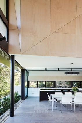 Peachy Suburban Sculpture Bardon House In 2019 Feature Wall Download Free Architecture Designs Lukepmadebymaigaardcom