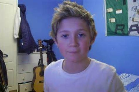 One Direction before they were famous: Embarrassing pictures of Harry, Louis… Fetus One Direction, One Direction Humor, One Direction Pictures, I Love One Direction, One Direction Nails, 0ne Direction, Direction Quotes, Niall Horan Birthday, Niall Horan Baby