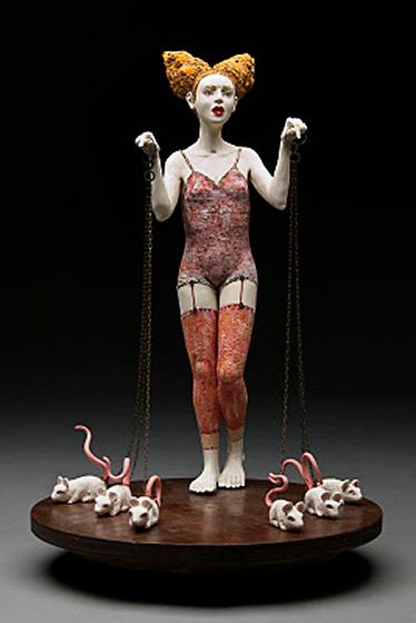 Most of the female ceramic figurines seem to be created by women whereas the sculptural female art figures have a more equal representaion between male and female artists