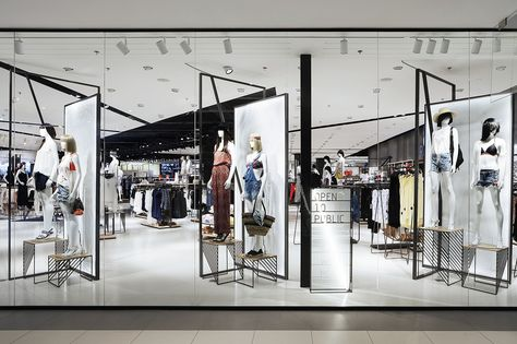 761 best Retail images on Pinterest Interiors, Muji store and