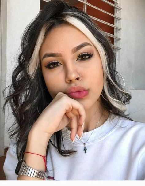 Inh Hair E Girl Hair Inspo In 2020 Hair Color Streaks Hair Streaks Hair Inspo Color