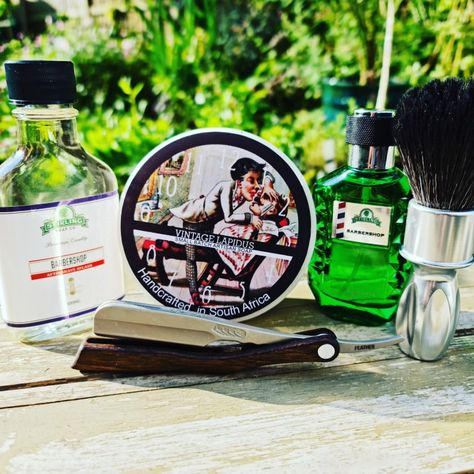 Master Soap Creations is simply an amazing soap, thick lush lather and the Stiling Barbershop scent is my favourite. Good enough to eat.