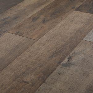 Goodhome Kirton Natural Oak Effect Laminate Flooring 2 13m Pack Flooring Laminate Flooring Oak Laminate Flooring