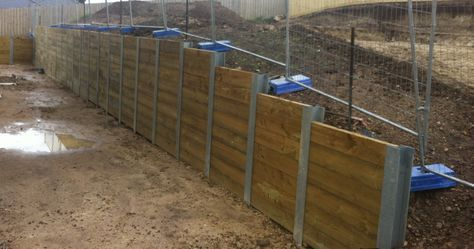 Timber Lagging Wall Retaining Wall Wooden Sleeper Building A Retaining Wall