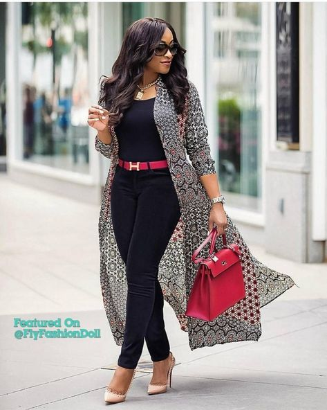 Casual Stylish Business Outfit for the Ladies -