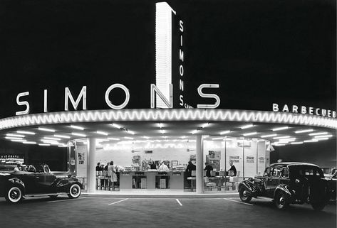 Simons Drive In