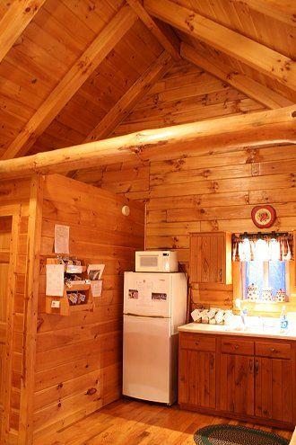Romantic Hocking Hills Log Cabin Sweet Heart Cabin Ash Ridge Cabins Hocking Hills Cabins Getaway Cabins Cabin