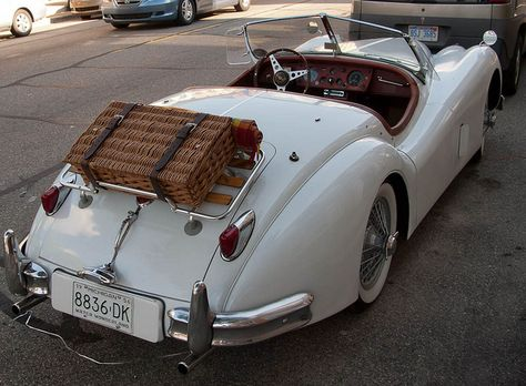 | ♕ |  Jaguar XK-140 w/ Picnic Basket  | by © KRFoto | via ysvoice