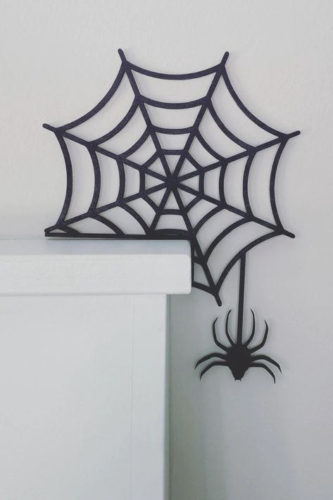 This Halloween spider web is so versatile, you'll put it in every corner of your home! Made from wood, it's easy to move around to place on a mantle, doorframe, shelf, or table. Add a spooky touch to every part of your home this Halloween