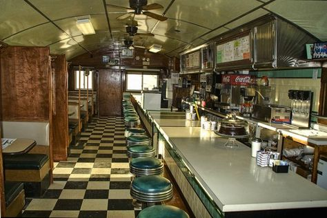 Editors Journal The Allure Of Old Fashioned Diners Diner