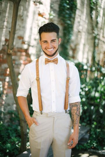 With Vintage Themed Weddings Gaining Ever More Popularity It S No Wonder That Brides And Grooms Are Looking Fo Vintage Groom Groom Attire Vintage Groom Attire