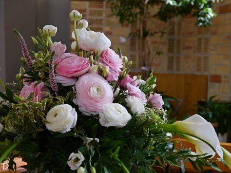 Fiori Rosa E Bianchi.Pink Flowers For Baptism Ranuncoli Veronica Calle Lisianthus