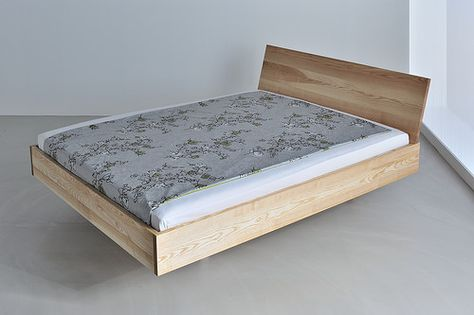 Seemingly Floating Bed Frame Elegent With Slightly Inclined