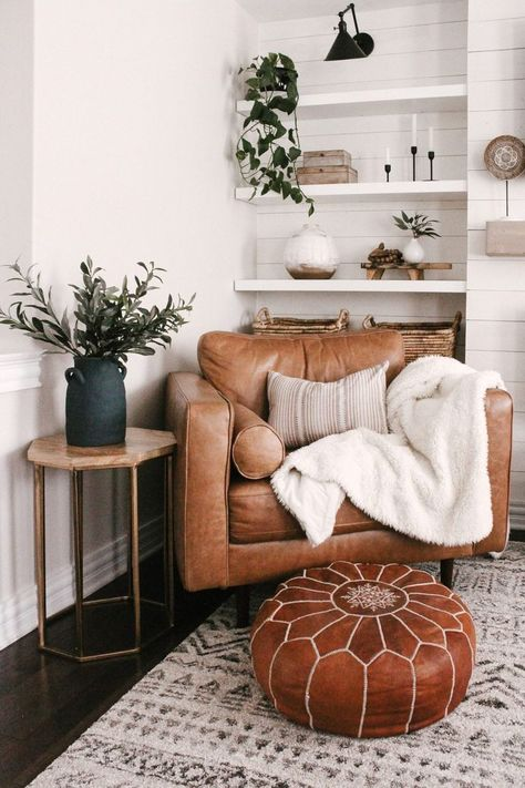 How to style your family room with textiles and bring in interest! #homedecor #livingroominspo #homeideas Home Living Room, Living Room Designs, Living Room Decor, Cozy Living Rooms, Home Room, Living Room With Plants, Beige Living Rooms, Living Room Modern, Apartment Living