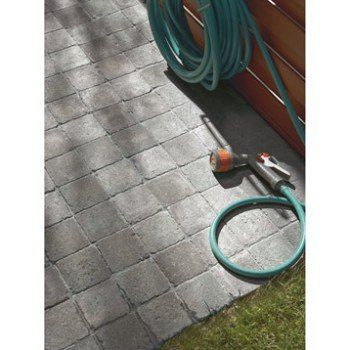 Pave Beton Samara Gris Noir Nuance L 10 Cm X L 10 Cm X Ep 40 Mm Leroy Merlin Terrasse Pave Terrasse Jardin Pave Beton