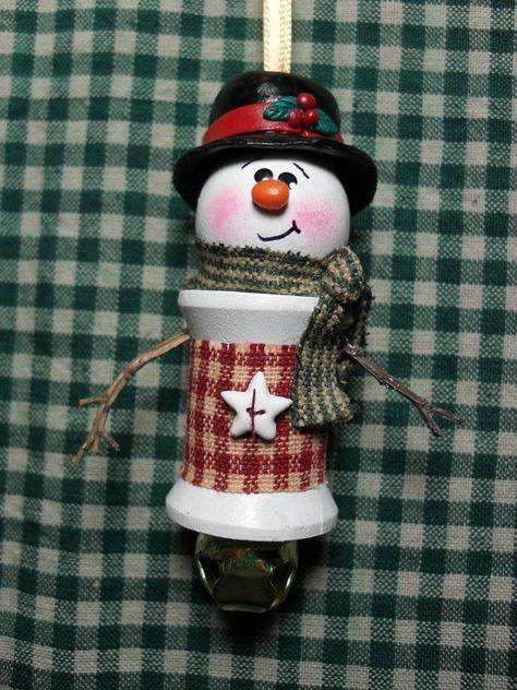 Handmade Snowman Spool Ornament Cowboy hat and bandana.burlap middle and cowboy boots. Christmas Ornaments To Make, Christmas Items, Christmas Projects, Handmade Christmas, Holiday Crafts, Christmas Crafts, Christmas Decorations, Snowman Ornaments, Snowman Hat