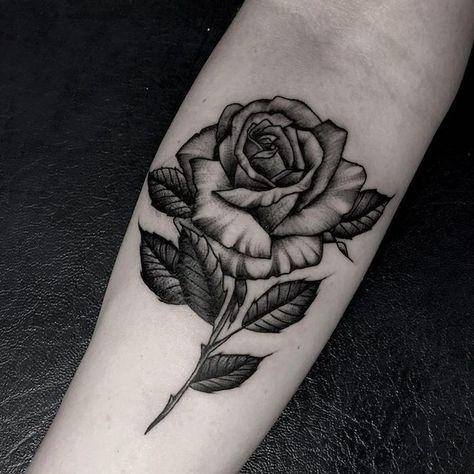 Frau rosen tattoo Rosen Tattoo