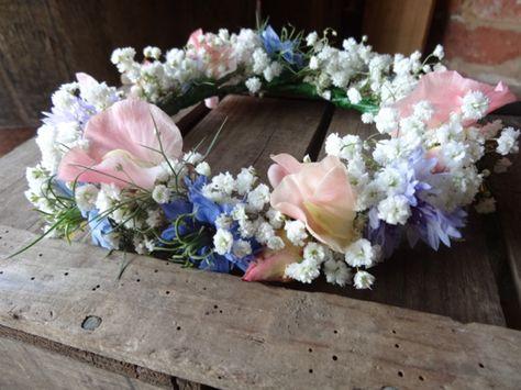 Sweet pea and gypsophila flower crown from Catkin