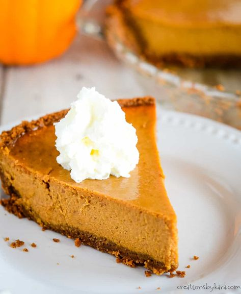 Biscoff Crust Pumpkin Pie With Sweetened Condensed Milk Is Incredibly Easy To Make An Traditional Pumpkin Pie Recipe Easy Pumpkin Pie Pumpkin Recipes