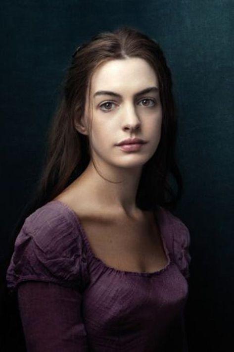 Annie Leibovitz portrait of Anne Hathaway