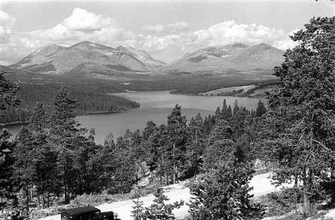 Hedmark fylke Stor-Elvdal kommune veien Sollia -Folldal ved Atnsjøen og Rondane foto Wilse 1939