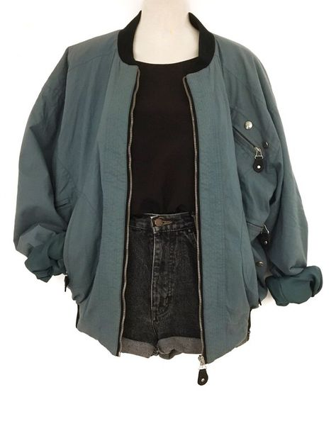 Mein True Vintage Bomber Jacke Blouson Oversize Retro Look Urban Street St. Carola : Mein True Vintage Bomber Jacke Blouson Oversize Retro Look Urban Street St. Urban Street Style, Street Look, St Street, Street Styles, Oversize Mantel, Oversize Look, Winter Outfits, Cool Outfits, Fashion Outfits