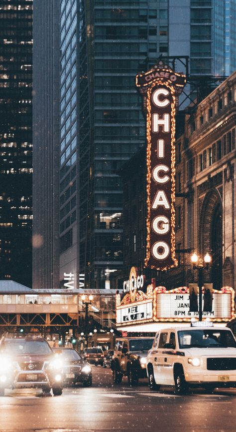 Top Chicago Airbnb Hotels and more You complete guide to accommodation rental in Chicago and the best things to do in Chicago Bedroom Wall Collage, Photo Wall Collage, Picture Wall, City Aesthetic, Travel Aesthetic, Aesthetic Vintage, Chicago Photography, Travel Photography, Retro Photography