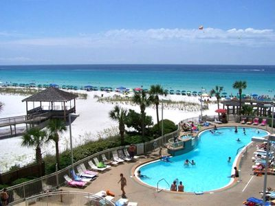 Stunning View Renovated 4th Floor Condo With Two Pools Right On The Beach Destin Florida Vacation Rentals Pelican Beach Resort Condo Vacation Rentals